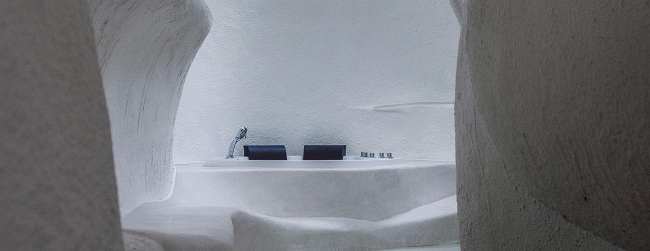 蚁穴酒店曲面泡池